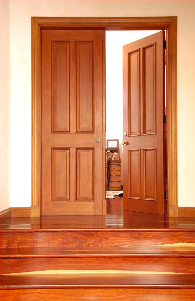 Puerta cl sica doble de caoba maderas torres - Puertas de comedor ...